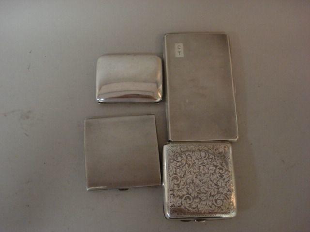A cigarette case  (4)