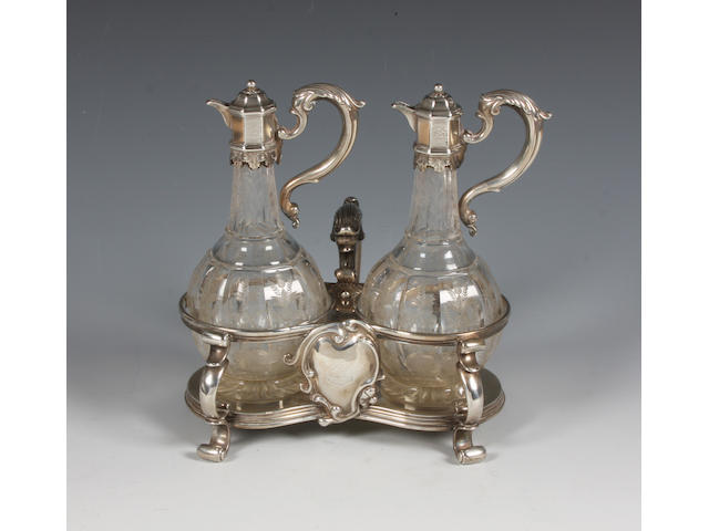 A Victorian silver oil and vinegar cruet By Robert Garrard, London, 1841,