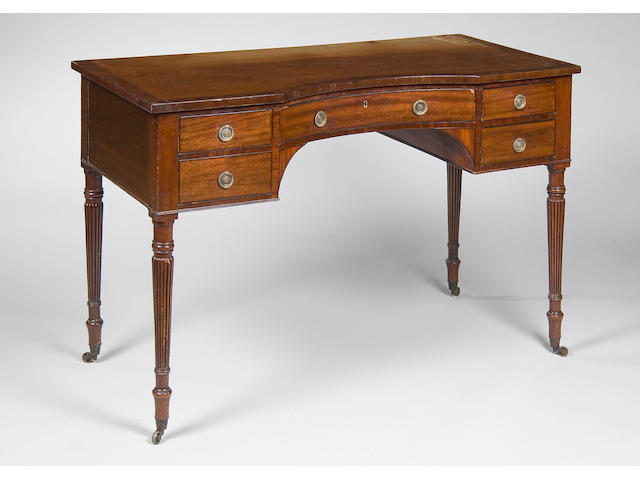 A 19th century mahogany dressing table  in the manner of Gillows