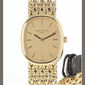 Patek Philippe. A fine lady's 18ct gold bracelet watch 1970's