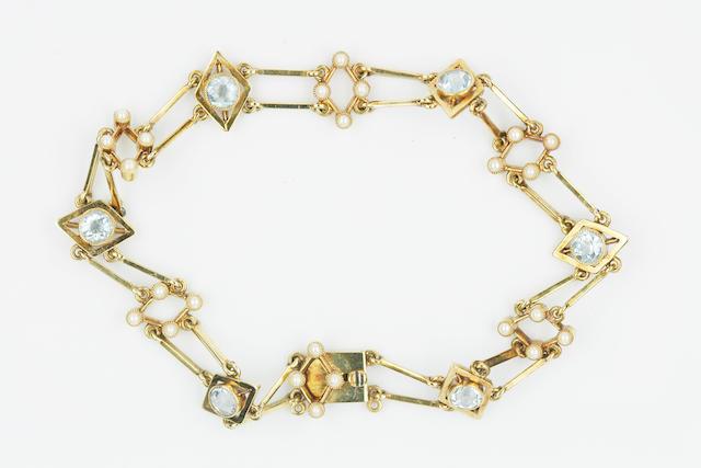 An Edwardian aquamarine and pearl bracelet