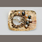 A cultured pearl brooch, London, 1967