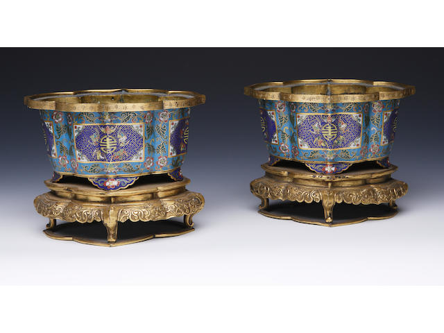 A pair of cloisonne enamel censers 18th/19th century