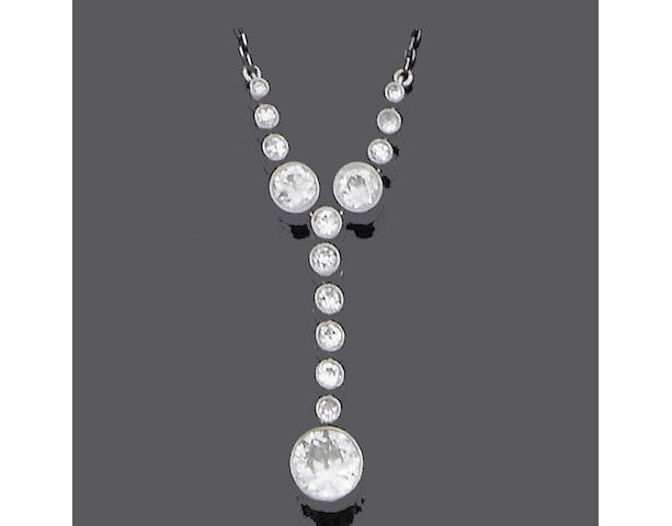 A belle époque diamond pendant necklace,