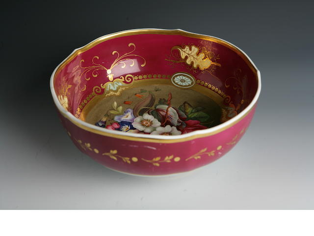 An English hand painted bowl 19th century