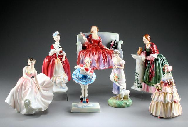 Figurines Seven Royal Doulton figures