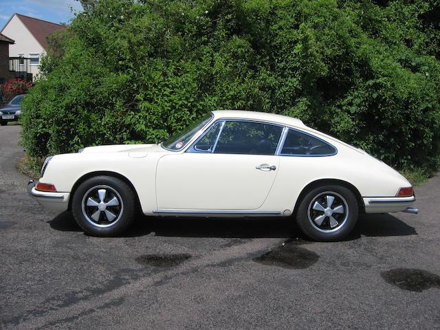 1967 Porsche 911 2-Litre Coupé  Chassis no. 307939 Engine no. 911616