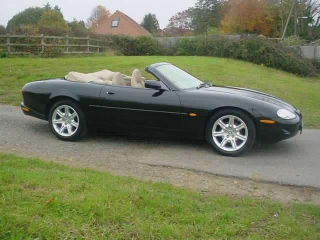 1997 Jaguar XK8 Convertible SAJJGAFD3AR020716
