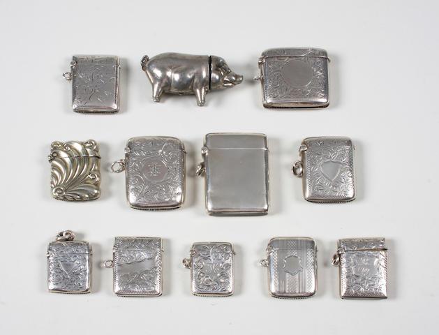 A silver vesta case Birmingham, 1923,  (12)