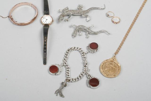 A silver cornelian and bloodstone swivel fob seal/watch key,