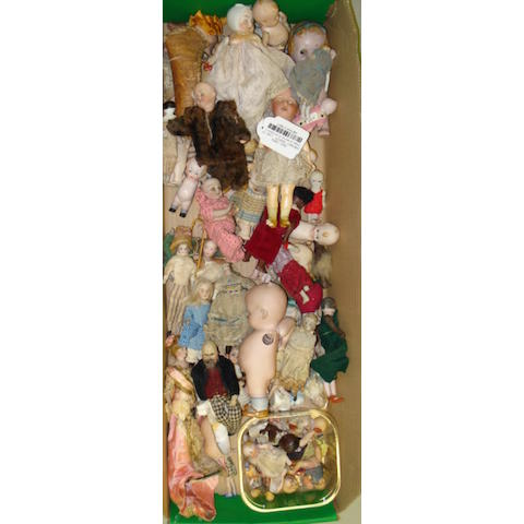 Large collection of miniature and all-bisque dolls lot