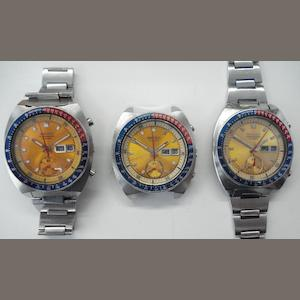 Seiko. A lot of 3 identical automatic calendar chronograph wristwatches  1970's 3