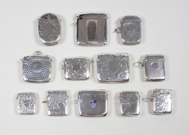 An Edwardian silver vesta case By A. and J. Zimmerman, Birmingham, 1906,  (12)