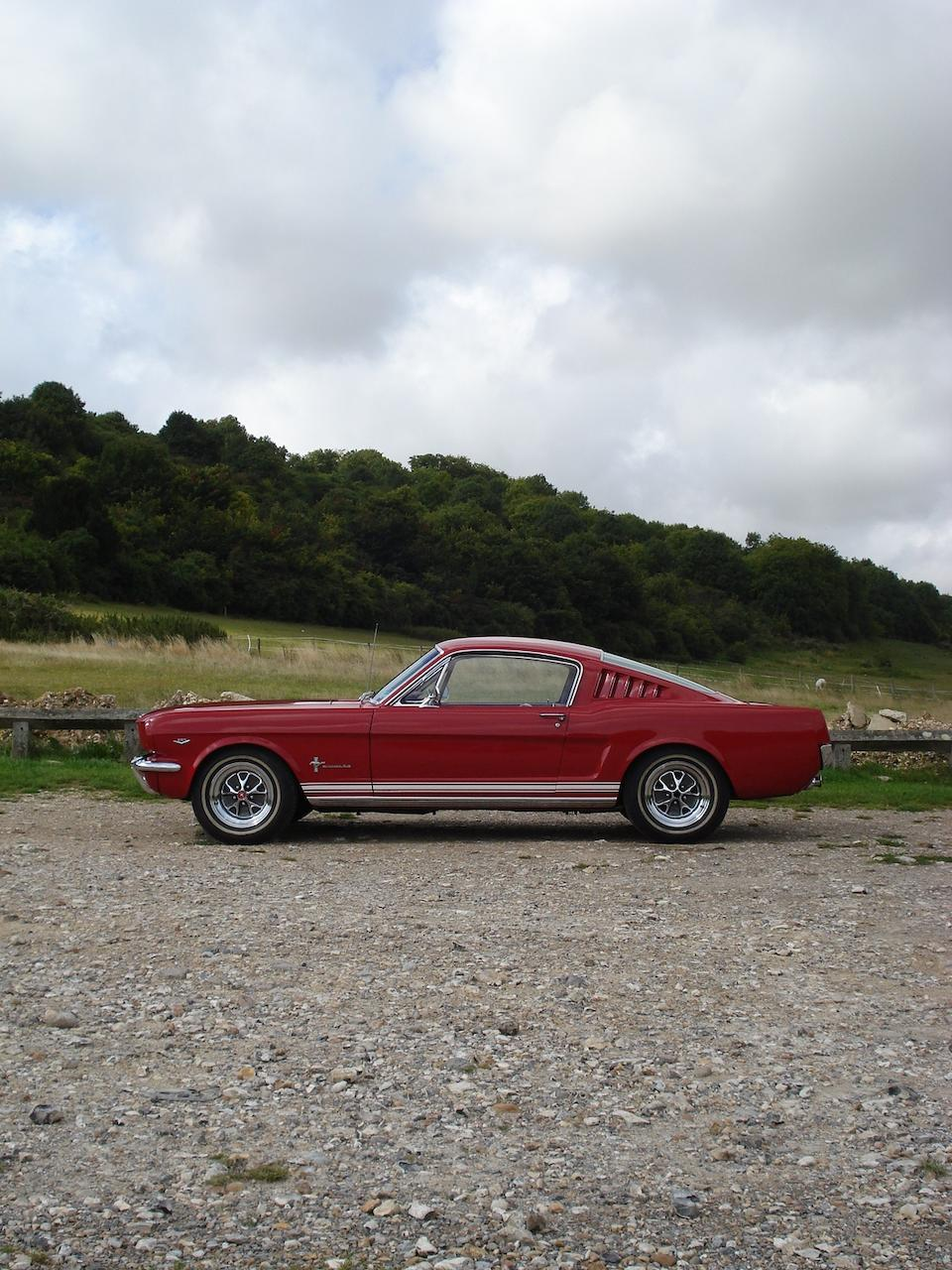 1964 Ford Mustang Fastback Coupé  Chassis no. 5F09C352016 Engine no. 352016