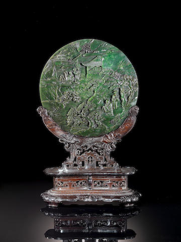 Double-carved spinach jade circular screen