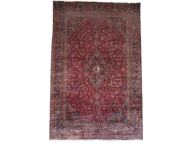 A Manchester Kashan carpet Central Persia, 16 ft 6 in x 10 ft 11 in (502 x 333 cm)