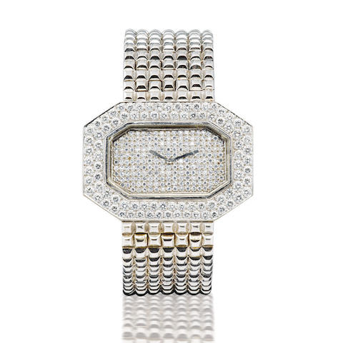 Boucheron. A fine and rare 18ct white gold manual wind wristwatch with diamondsCase no. 79606