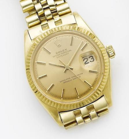 Rolex. An 18ct gold centre seconds calendar bracelet watch  Datejust, 1959