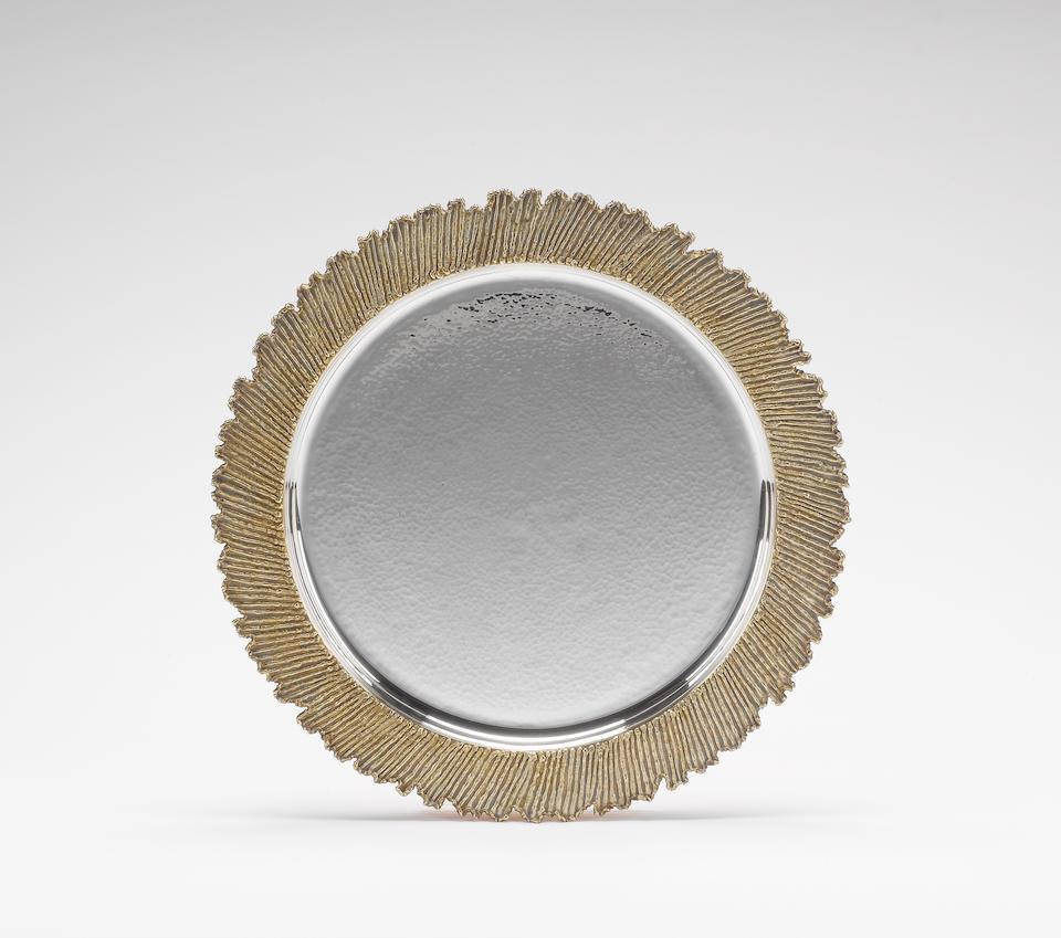 STUART DEVLIN: A cased silver and silver-gilt salver, London 1978,