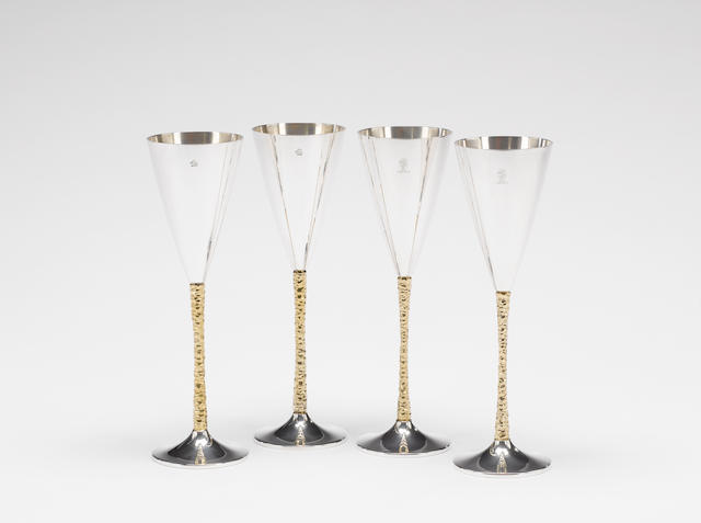 STUART DEVLIN: Two cased pairs of silver and silver-gilt goblets, London 1979 / 1980,  (4)