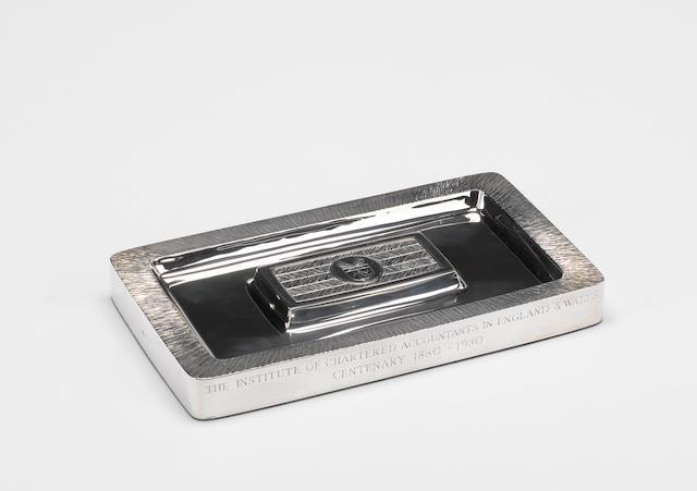 GERALD BENNEY: A silver pen tray, London 1979,