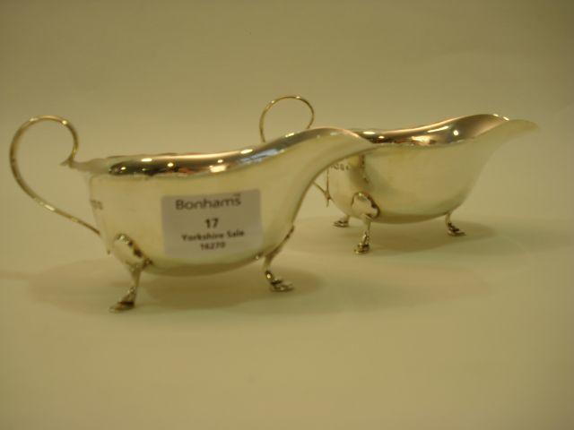 A pair of Elizabeth II sauceboats by Mappin and Webb, Sheffield 1958