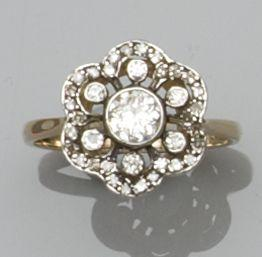 A Victorian style diamond cluster ring