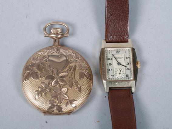 A gentleman's 9ct gold wristwatch