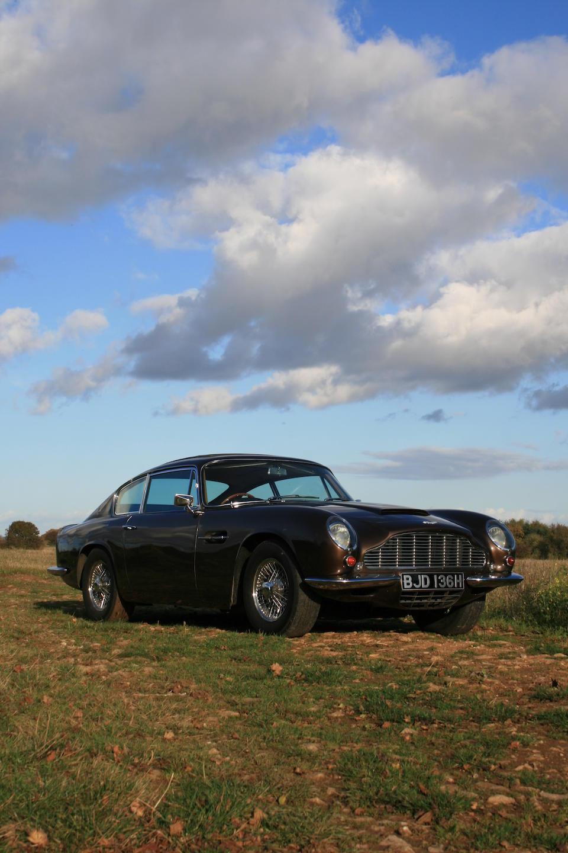 Formerly the property of Innes Ireland,1970 Aston Martin DB6 Mk2 Vantage Saloon  Chassis no. DB6Mk2/4247/R Engine no. 4004582VC
