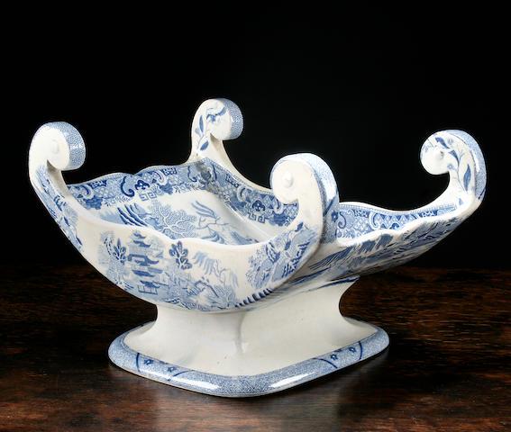 A Spode blue printed cheese cradle, circa 1820