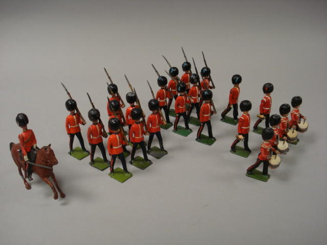 Britains set 107, Irish Guards 23