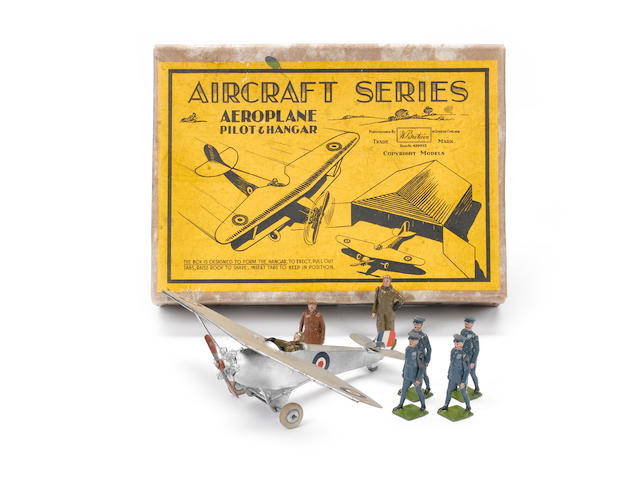 Britains set 434, RAF Monoplane with Pilot and Aircraftsmen 8