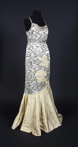A 1930s Paquin pale green silk dress