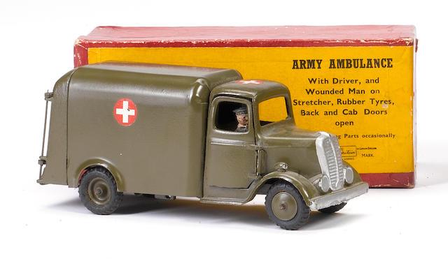 Britains set 1512 Army Motor Ambulance 2