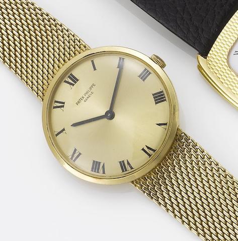 Patek Philippe. An 18ct gold bracelet watchCase No.2672097, Movement No.1148586, Ref:3562/1, 1960's