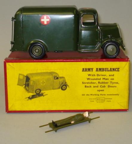Britains set 1512 Army Motor Ambulance 4