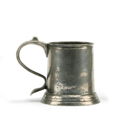 A late 17th Century lidless pint tankard, circa 1690