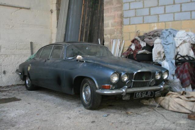 Jaguar Mk X,