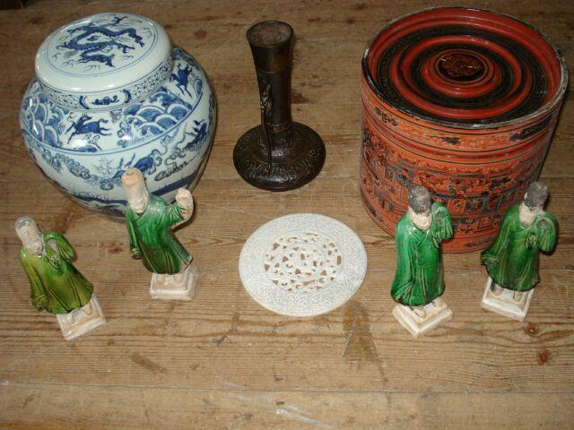 lacquered box, Chinese part glazed figures, ginger jar, other ceramics