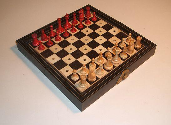 """A """"Staunton Pattern"""" ivory travelling chess set, Canton, late 19th century,"""