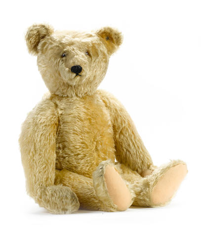 Large Steiff Teddy bear, German 1920