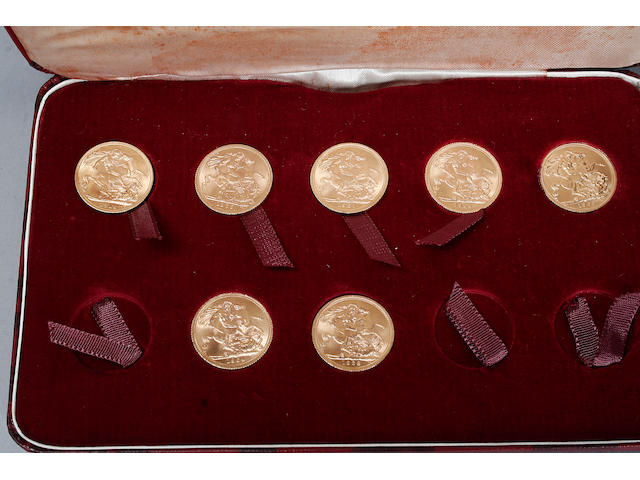 A cased set of seven gold souverigns. 1912, 1964, 1965, 1966, 1967 and two 1968.
