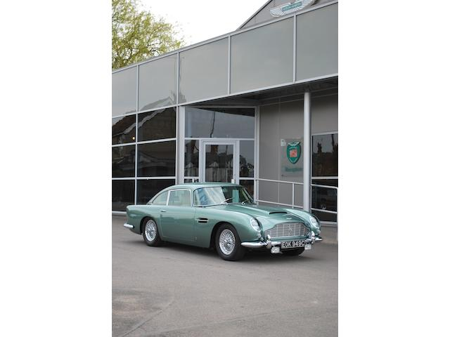 1965 Aston Martin DB5 saloon,