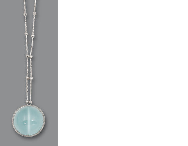 A cat's eye aquamarine and diamond pendant necklace