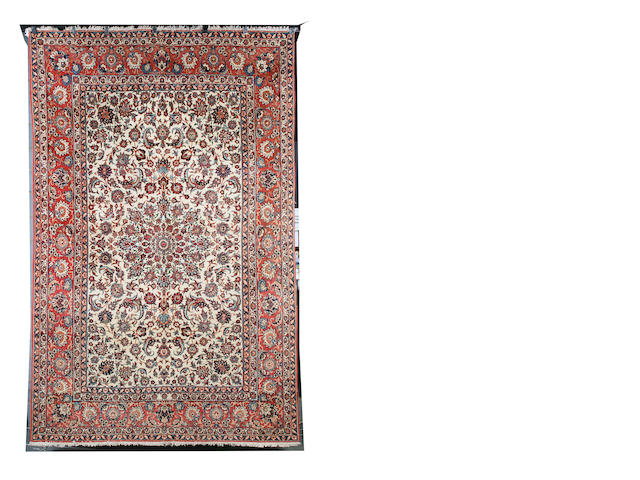 An Isfahan carpet Central Persia, 334cm x 214cm
