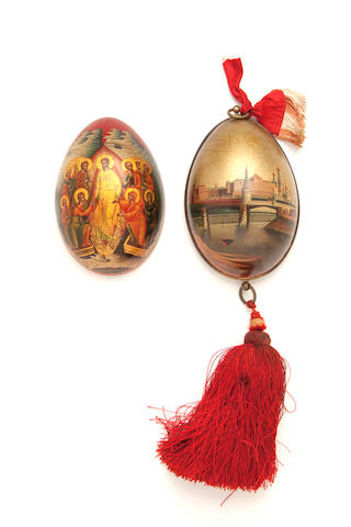 A finely painted lacquered papier-mâché Easter egg 19th century