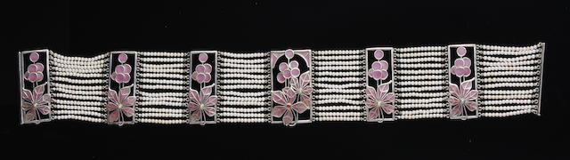 An Art Noveau plique-a-jour enamel and imitation pearl choker Probably German,