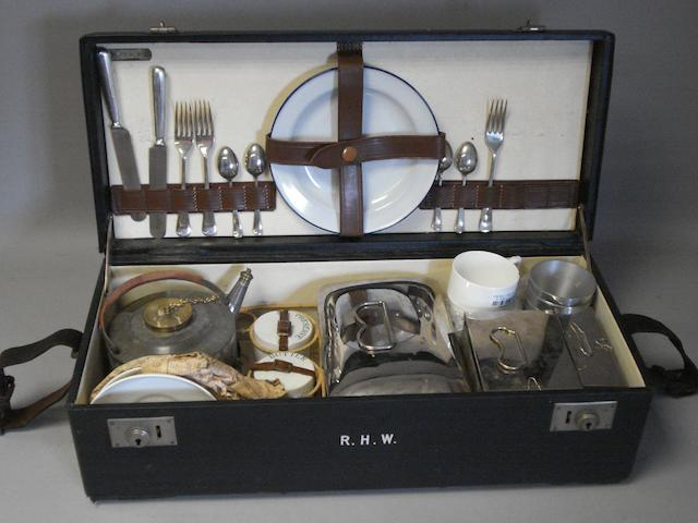 A picnic set by Coracle.