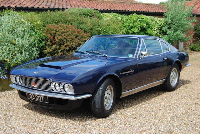 1971 Aston Martin DBS V8,