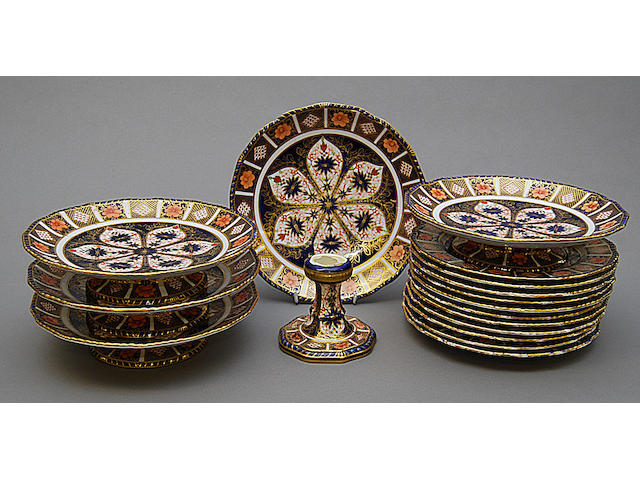 A Royal Crown Derby Imari pattern part dessert service